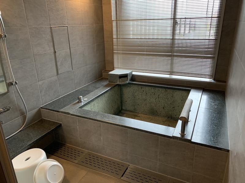 箱根翡翠の内風呂