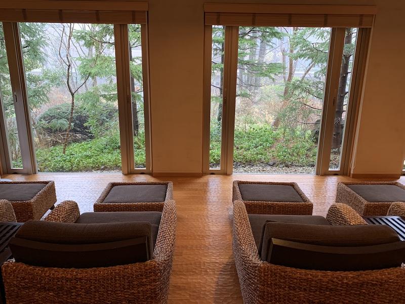 箱根翡翠のライブラリー