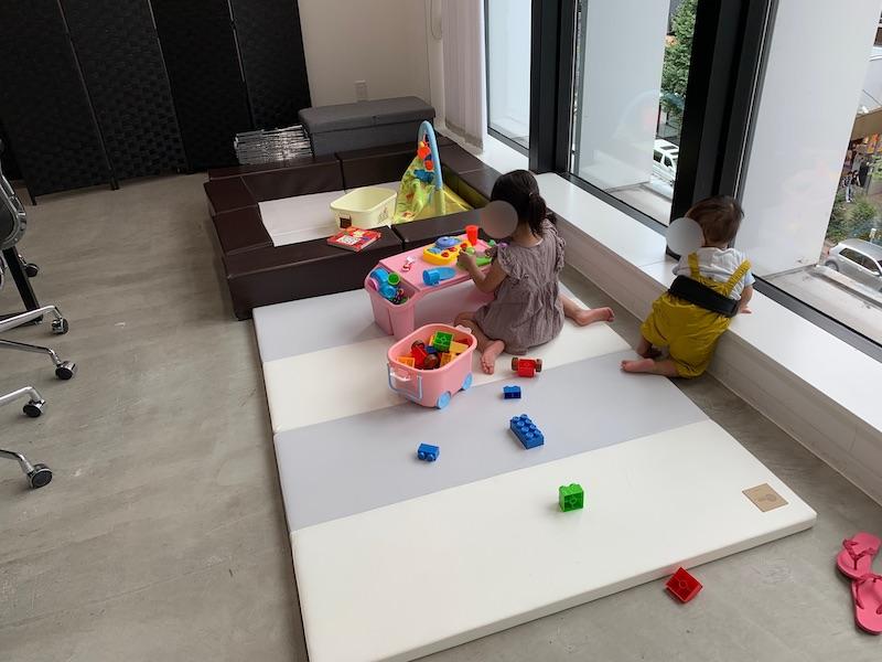 待合スペースのおもちゃ